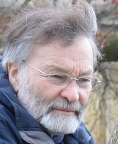 Dr Paul  Edwards